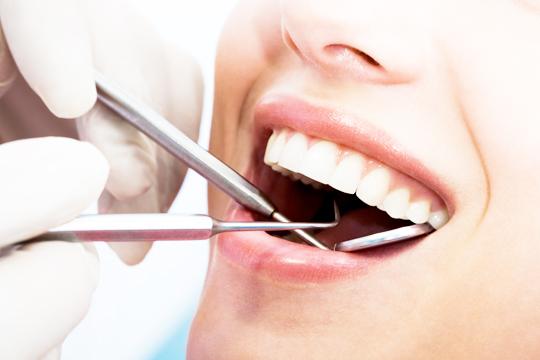 Imagini pentru dentist